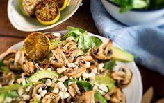Viljellyt sienet ovat todellista lähiruokaa – näin teet niistä upeita herkkuja Teet, Pasta Salad, Zucchini, Dinner Ideas, Tacos, Mexican, Vegetables, Ethnic Recipes, Food