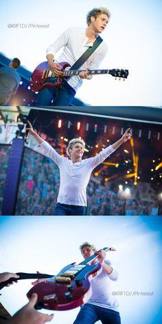 Niall // Brussels - 6.13.15 (by: @KRF1D)