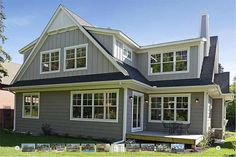 Expert guide to siding replacement