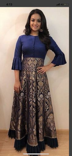 Long Dresses made out of old and Damaged Sarees - Indian Fashion Ideas Lehenga Designs, Salwar Designs, Blouse Designs, Long Gown Dress, Sari Dress, Long Dresses, Saree Gown, Anarkali Dress Pattern, Sari Blouse