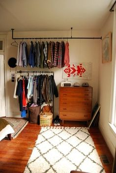 Schlafzimmer-Ideen Kb & Bru's playful creative space on the Nashville House Tour Closet Storage, Bedroom Storage, Diy Bedroom, No Closet Bedroom, Bedroom Ideas, Small Bedrooms, Trendy Bedroom, White Bedroom, Modern Bedroom