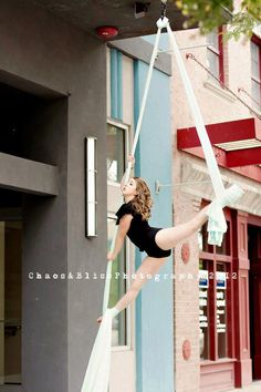 AWESOME idea for a senior ballerina.