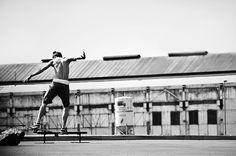 Für tolle Sportbilder müssen die Aktion, Geschwindigkeit und die Emotionen eingefangen werden. Wir zeigen euch wie man tolle und scharfe #Sportfotos macht. http://www.fotos-fuers-leben.ch/fotokurs/event-fotografie/sportfotos-schnell-und-dynamisch/ #fotosfuersleben #sportpics