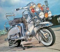 Piaggio Scooter, Mod Scooter, Vespa Lambretta, Motor Scooters, Vespa Scooters, Cars Motorcycles, Mods Style, Classic Cars, Northern Soul