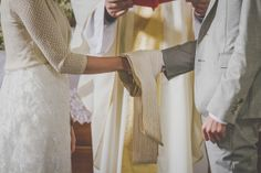 Kicsu és Gergő DIY esküvője. Teljes történet az oldalon: eskuvovintage.hu! Fotó: renifoto.com #esküvő #diy #eskuvo