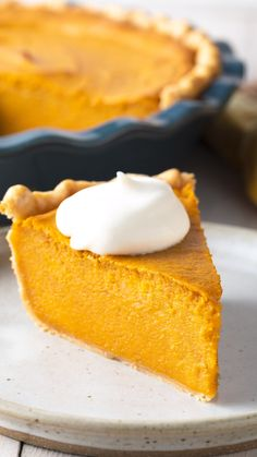 Scoot over pumpkin, we're sharing the Best Sweet Potato Pie Recipe we've ever made! Learn How To Make Sweet Potato Pie that is both easy and ridiculously delicious! Good Sweet Potato Recipe, Homemade Sweet Potato Pie, Sweet Potato Pound Cake, Vegan Sweet Potato Pie, Sweet Potato Cheesecake, Sour Cream Pound Cake, Sweet Potato Casserole, Sweet Potato Recipes, Sweet Potato Pudding