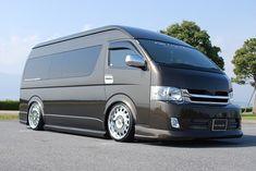 TOYOTA HIACEToyota Hiace Seats: 9 or 14 seaters (2 next to Chauffeur) Luggage: On board or extra Trailer on request Enquire http://www.baysidelimousines.com.au/ #limohire #limohiresydney