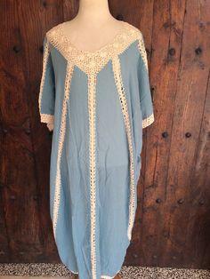 Kaftan de ganchillo bohemio largo algodón azul por AUROBELLE