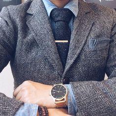 gold + tweed -- wool suit + tie, gold x black @mvmtwatches // menswear watch style + fashion