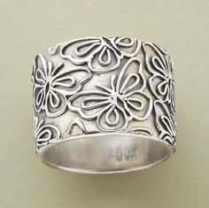 MONARCH RING--beautiful band ring