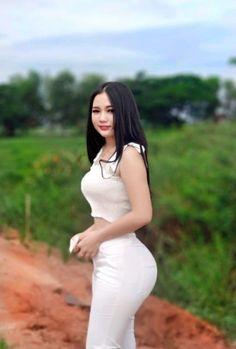 Model Girl Photo, Myanmar Women, Beautiful Asian Girls, Asian Beauty, High Neck Dress, Womens Fashion, Asian Models, Beijing, Africa