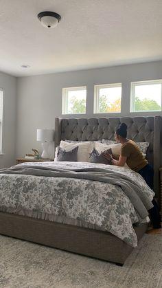 Room Design Bedroom, Cozy Bedroom, Home Decor Bedroom, Gray Bedroom Furniture, Gray Home Decor, Bedroom Comforter Sets, Bedroom Decor For Small Rooms, Master Bedroom Interior, Bed Rooms