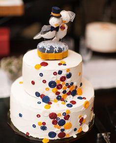 Fotografiados por Loft Photographie, muñecos de torta originales y dulces.