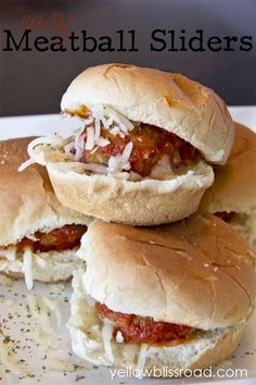 Easy Meatball Sliders need just 4 ingredients and about 20 minutes! Serve these bite-sized sandwiches as a main course, appetizer or snack! Appetizer Dips, Appetizers For Party, Guacamole, Meatball Sliders, Meatball Subs, Sandwiches, Sandwich Bar, Weeknight Meals, Finger Foods