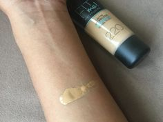 Maybelline Fit Me review, a budget foundation perfect for Asian skin #bbloggers #asian #makeupreview #Maybelline