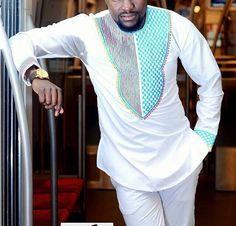 Africain brodé Mens Wear pour toutes les tailles par SageClothing