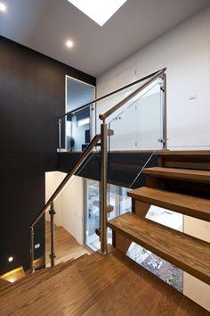 American Oak   Timber   Stairs   Glass   Balustrade   Feature   Landings   Stainless Steel   Handrail   Design   Flight   Balustrade