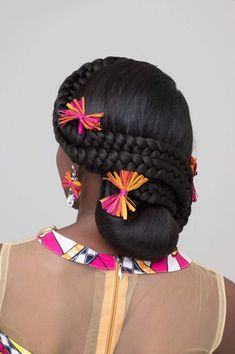 10 Best African American Wedding Hairstyles And Haircuts African Wedding Hairstyles, Natural Wedding Hairstyles, African Braids Hairstyles, Black Girls Hairstyles, Bride Hairstyles, Curly Hairstyles, Bridal Hair Inspiration, Natural Hair Inspiration, Natural Hair Wedding