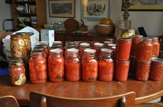 Tweet Tomato canning season is here and so I've been getting a lot of questions from people who are canning their own tomatoes for the first time. They worry because their tomatoes are floating, their crushed tomatoes have separated or their jars have lost significant liquid in the canning process and now they're not sure …