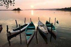 Lago Petén, Flores, Guatemala. Photo by Marc Hors.