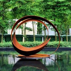 Damon Hyldreth has been creating sculpture for over 30 years. His sculptures in steel ~ flowing forms that defy the heaviness of the material ~ are physical representations of the forces of nature. Water Sculpture, Sculpture Metal, Outdoor Sculpture, Modern Sculpture, Garden Sculpture, Metal Garden Art, Metal Art, Corten Steel, Public Art
