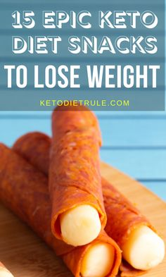 15 Epic Keto Diet Snacks to Lose Weight Looking for some easy and on-the-go keto diet snacks to lose weight? Here are 15 epic keto diet snacks that'll help you reach ketosis and lose weight. Ketogenic Recipes, Low Carb Recipes, Diet Recipes, Healthy Recipes, Ketogenic Diet, Lunch Recipes, Smoothie Recipes, Ketogenic Lifestyle, Yogurt Recipes