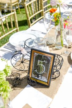 Burlap and bicycles? Now that's a winning combo. Click the link to see more of this San Diego soirée. // Leah Marie Photography