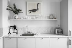 my scandinavian home: duck print and light grey marble splash back / work top in a Swedish kitchen. Swedish Kitchen, Diy Kitchen, Kitchen Decor, Design Blog, Küchen Design, Nordic Design, Scandinavian Design, Chair Design, Grey Kitchens