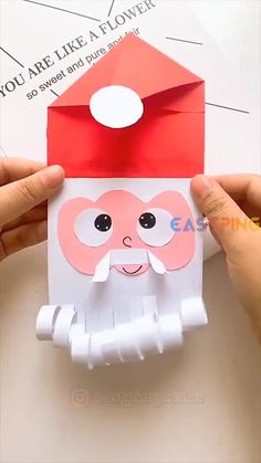 Christmas Arts And Crafts, Santa Crafts, Winter Crafts For Kids, Preschool Christmas, Paper Crafts For Kids, Craft Activities For Kids, Preschool Crafts, Holiday Crafts, Christmas Diy