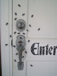 Halloween Decor, front door