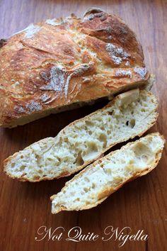 No Knead Bread aka the Restaurant Sourdough Doppelganger----Slightly adapted from Jim Sullivan's recipe