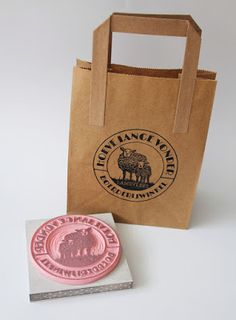 Handmade and hand carved stamp for farmers market by IkStempel. Hand Stamped, Paper Shopping Bag, Packaging Design, Hand Carved, Carving, Prints, Handmade, Farmers Market, Bags