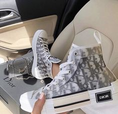 dior shoes sneakers Behind The Scenes By culturfits Cute Sneakers, Sneakers Mode, Sneakers Fashion, Fashion Shoes, Shoes Sneakers, Shoes Men, Adidas Shoes, High Top Sneakers, Shoes Heels