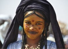 Africa | Young Tuareg woman. Aïr Festival of 2010 . Niger | ©Daniele L