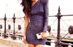 A la última moda con este increíble vestido.