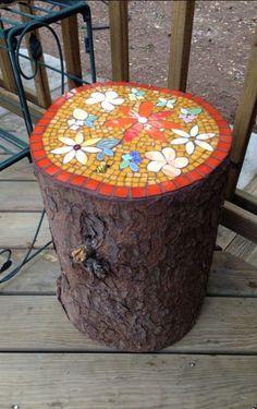 creative diy mosaic garden projects 00028 creative diy mosaic garden projects 00028 The post creative diy mosaic garden projects 00028 appeared first on Look. Mosaic Garden Art, Mosaic Pots, Mosaic Glass, Mosaic Tiles, Mosaic Crafts, Mosaic Projects, Garden Projects, Diy Projects, Garden Crafts