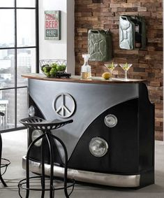 LKW-Theke This That Bartisch Bullifront recycelt Metall Altholz schwarz silber Whisky Bar, Recycled Furniture, Industrial Style, Home Office, Living Room, Outdoor Decor, Ebay, Home Decor, New York