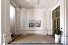 Wohnen auf höchstem Niveau - Extravagante Penthouses mit Traumaussicht im Herzen Wiens Oversized Mirror, Furniture, Home Decor, Patio, Attic Conversion, Objects, Homes, Decoration Home, Room Decor