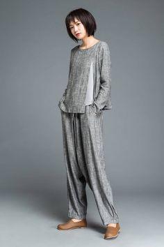 Blouse En Lin, Grey Blouse, Baggy Pants, Maxi Pants, Loose Pants, Gray Pants, Pants Outfit, Yoga Pants, Latest Fashion For Women