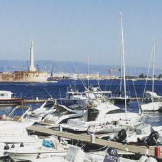 Porto di Messina ...Sicilia Italia .. #messina #picoftheday #igermessina #mycity #sicily #sicilia
