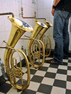 Trombones urinario #Diseño_descontextualizado #descontextualized_design