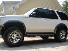 Another xploder32 1998 Ford Explorer Sport post...