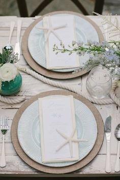 Coastal Chic Wedding Inspiration - www.theperfectpalette.com