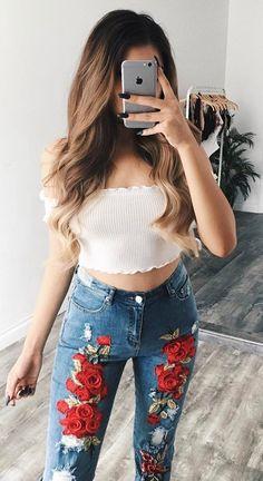 ootd crop top + printed jeans