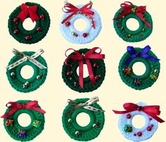 Delights-Gems: Fast and Fun Holiday Wreath Pins--tutorial, including instructions for crocheting the wreath base.