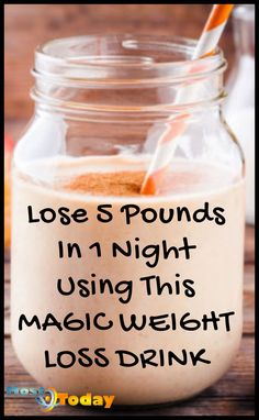 Lose 5 pounds in 1 night using this magic weight loss drink that gets you almost instant results. drink Lose 5 Pounds In 1 Night Using This Magic Weight Loss Drink Weight Loss Meals, Weight Loss Drinks, Weight Loss Smoothies, Fast Weight Loss, Weight Loss Tips, How To Lose Weight Fast, Losing Weight, Drinks To Lose Weight, Weight Loss Shakes