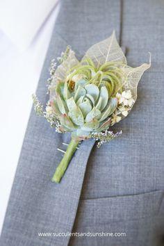 Succulent Wedding Centerpieces, Sunflower Centerpieces, Wedding Flower Arrangements, Wedding Flowers, Rustic Wedding Favors, Diy Wedding Bouquet, Diy Wedding Decorations, Wedding Ideas, Succulent Corsage