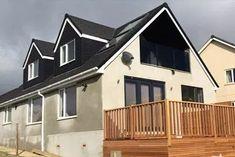 Bungalow Extension & Dormer Loft Conversion to transform your home. Bungalow Loft Conversion, Loft Conversion Extension, Loft Conversion Plans, Roof Extension, Loft Conversions, Extension Ideas, Dormer House, Dormer Bungalow, Attic Rooms