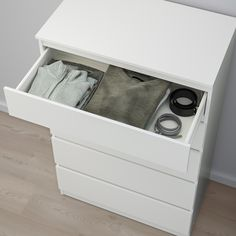 KULLEN white, Chest of 5 drawers, cm. Of course your home should be a safe place for the entire family. That's why a safety fitting is included so that you can attach the chest of drawers to the wall. Chest Of Drawers Decor, 5 Drawer Chest, Small Drawers, Dresser Drawers, Storage Drawers, Ikea Family, Cleanser, Home