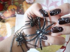 How to make chain nails with jewelery that you have in your home  Ww..fashionalladesign.com